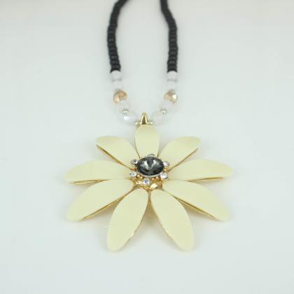 flower necklace for women long cha..