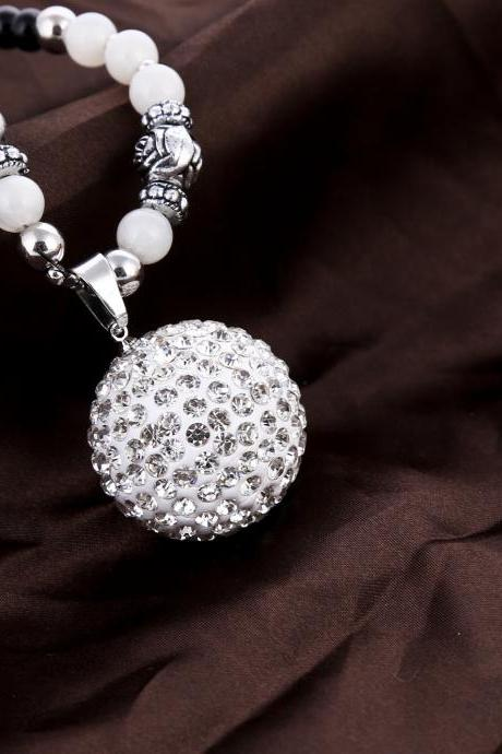 fashion retro ball necklace