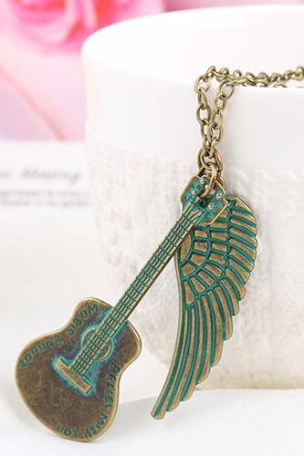 New lovers DIY retro guitar and wings Necklace personalized necklace 32H48