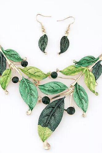 Green Leaves Necklace and Earrings Set