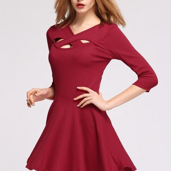 one size L New Stylish Lady Women's Fashion Sexy Hollow Out Cross V-Neck Short Pleated Dress SV014082