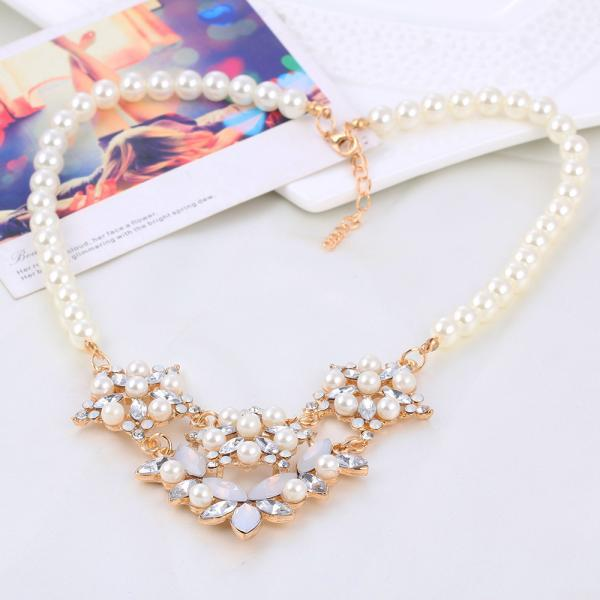 women short luxury pearls necklace fashionable party necklace wedding necklace 41M33